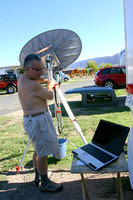 2006 - Installation de la soucoupe pour le  satellite -- Installing the dish for the satellite